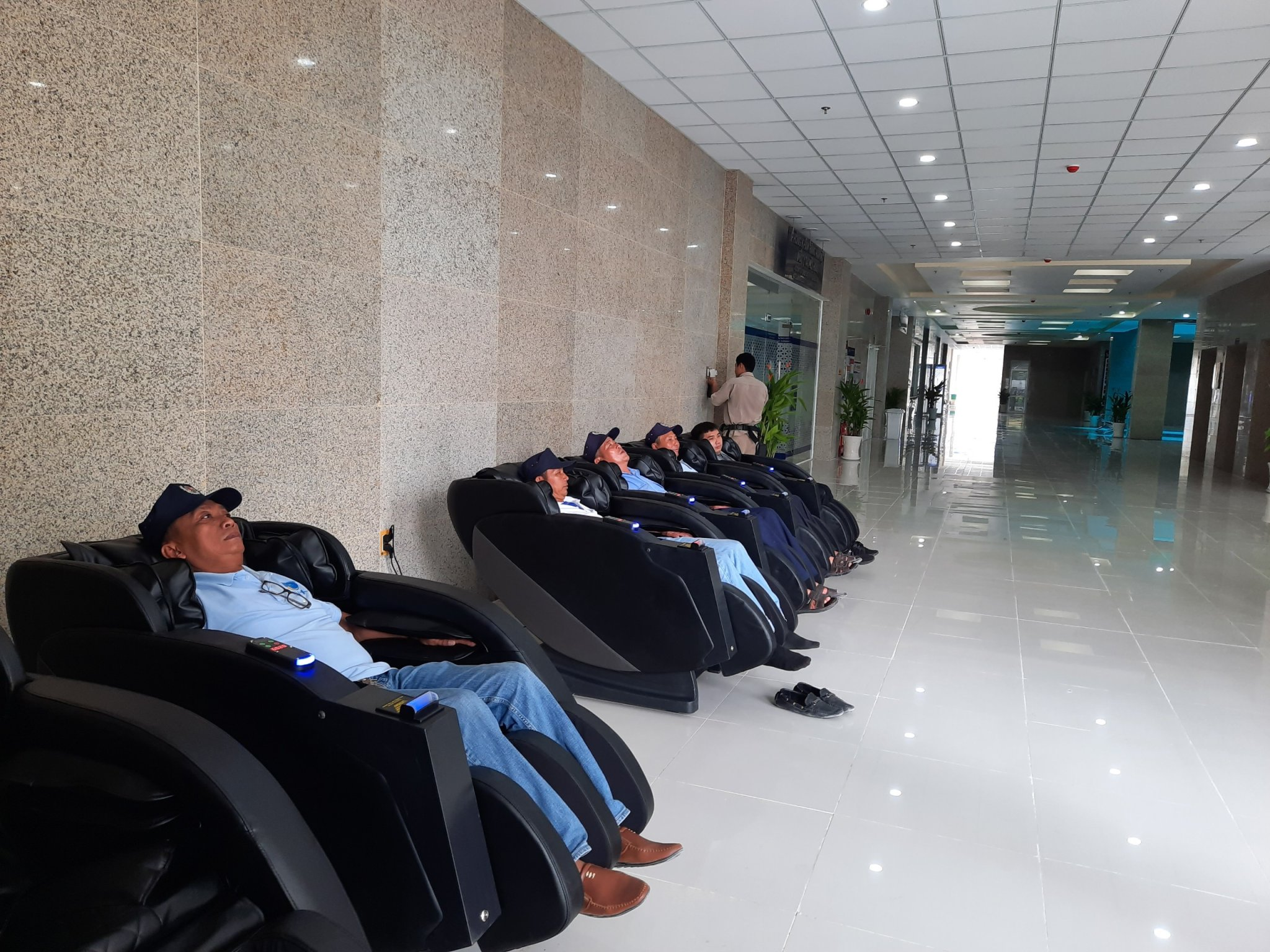 Ghế massage thương mại